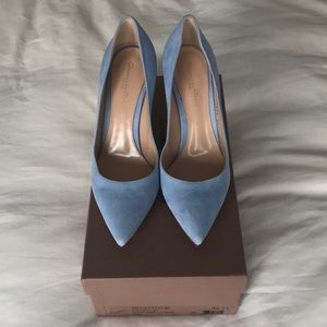 Gianvito Rossi suede sky blue pumps